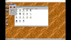 Windows 95 als App ausprobiert