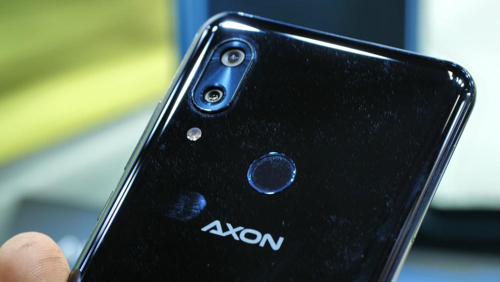 ZTE Axon 9 Pro - Hands on (Ifa 2018)