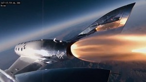 Spaceship Two im Weltraum - Virgin Galactic