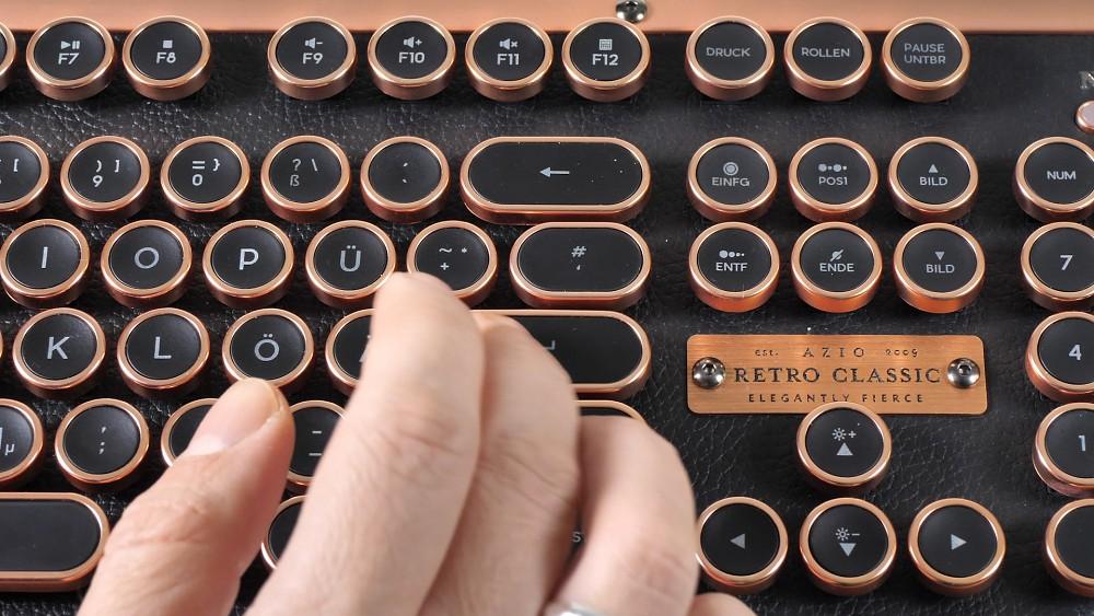 Azio Retro Classic Tastatur - Test