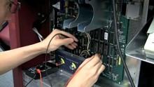Informatiker übernehmen Wahlcomputer mit neuer Programmiermethode