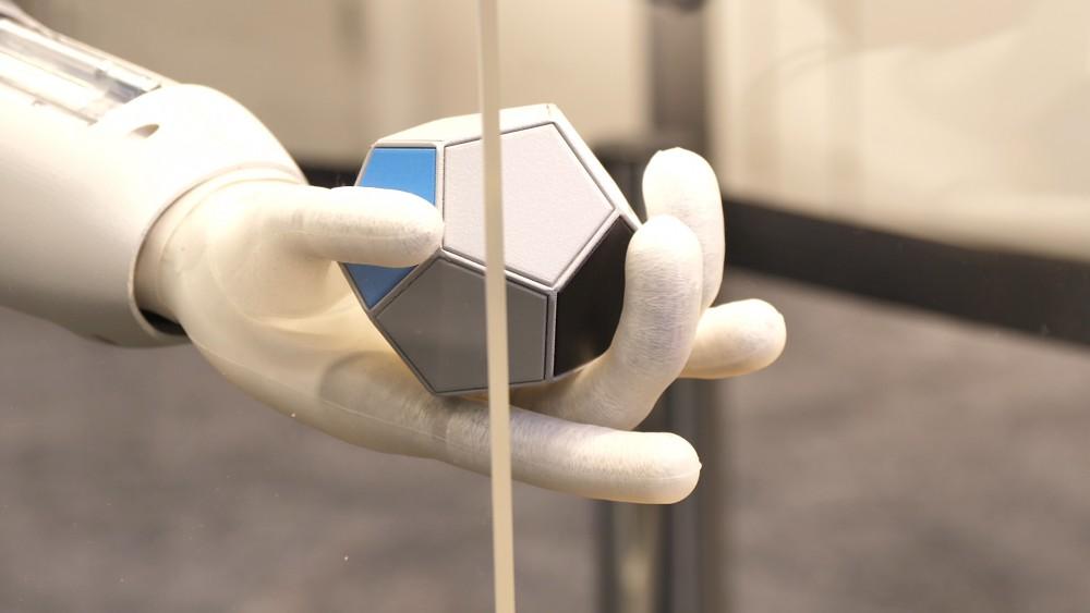 Festo Bionic Softhand und Softarm angesehen