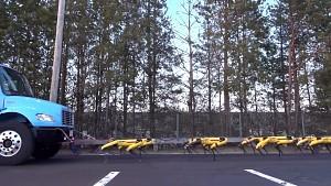 Spot-Roboter von Boston Dynamics ziehen ein Auto (Herstellervideo)