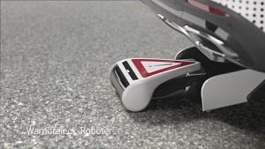Mercedes ESF mit selbstfahrendem Warndreieck (Herstellervideo)