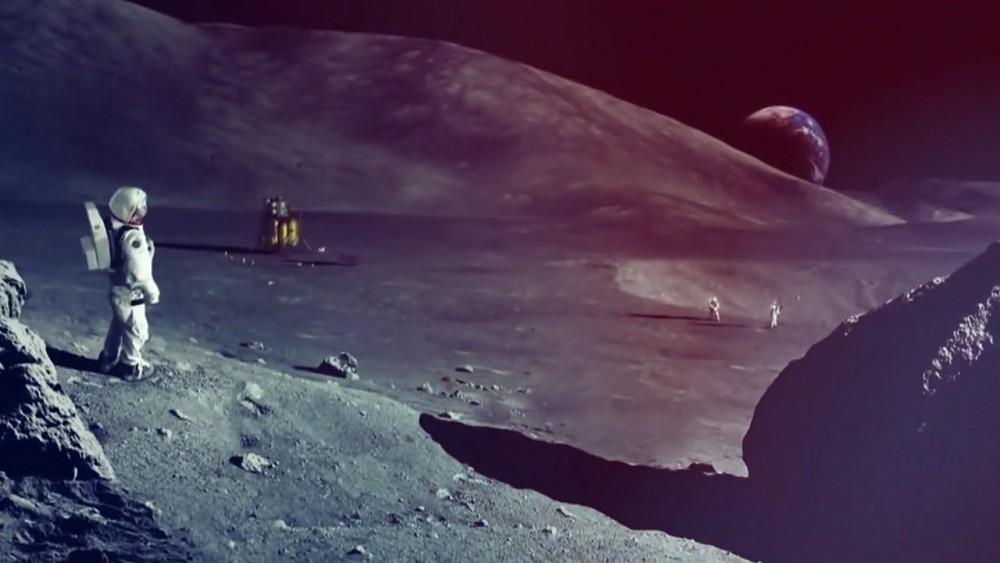 William Shatner erklärt das Nasa-Mondprojekt (englisch)