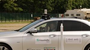Fernsteuerung für autonome Autos angesehen