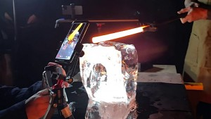 Fire and Ice - Making of des Apple Spots (Herstellervideo)
