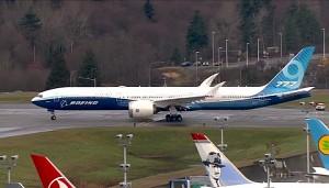 Boeing zeigt faltbare Flügel der 777X (Herstellervideo)