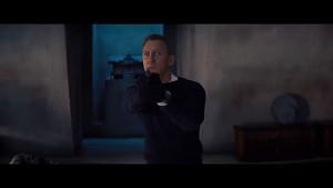 Offizieller Bond-Song von Billie Eilish