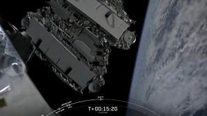 Starlink Satelliten ausgesetzt (SpaceX)