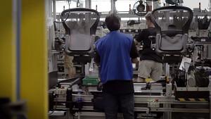 Hermanmiller zeigt Aeron-Bürostuhlproduktion