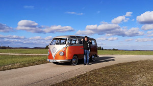 eClassics zeigt VW Bulli als Elektrofahrzeug (Trailer)