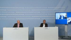 Bundesregierung beteiligt sich mit 300 Millionen Euro an CureVac