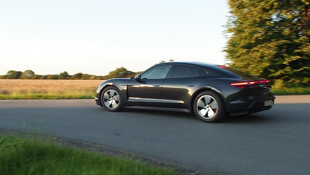 Porsche Taycan Probe gefahren