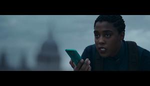 Nokia-Werbespot mit 00-Agentin Nomi (Herstellervideo)