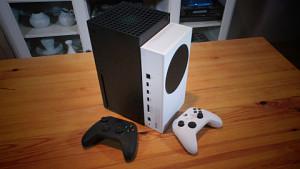 Xbox Series S ausgepackt