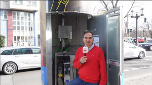 Litfaßsäulen für besseren Mobilfunk (Firmenvideo)