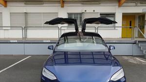 Tbone-Sicherheitslücke: Drohne hackt Tesla