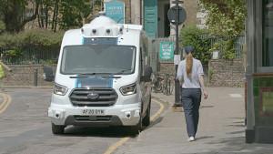 Hermes testet Zustellung mit autonomen Lieferfahrzeug - Herstellervideo