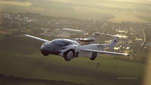 Flugauto Aircar fliegt von Nitra nach Bratislava