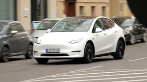 Tesla Model Y Probe gefahren