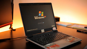 Windows XP SP2 im Jahr 2021 ausprobiert (Golem, Facebook, Youtube)