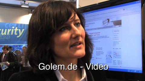 Neues Mobile Banking der Sparkasse auf Smartphones - vorgestellt auf der Cebit 2010