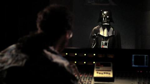 Tomtom-Navigation - Sprachanweisungen von Darth Vader - ein Studiobesuch