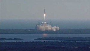 Space X - Start der Dragon - Video der Nasa