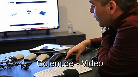 Neue Touch-Maus von Microsoft auf der CES 2011 in Aktion