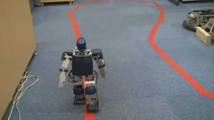 Robovie-PC bereitet sich auf den Robotermarathon vor