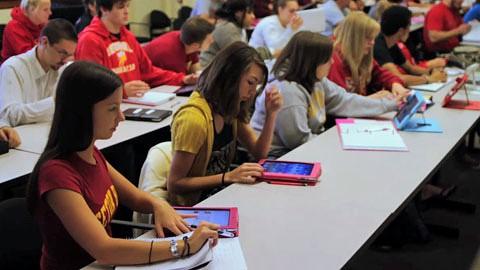 Rückblick auf das 1. Jahr des Apple iPads - Herstellervideo