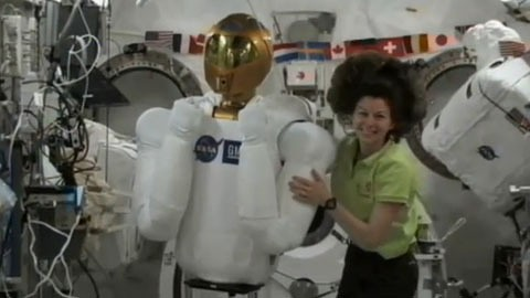Robonaut 2 im All