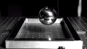 Corning testet Gorilla Glass - Herstellervideo