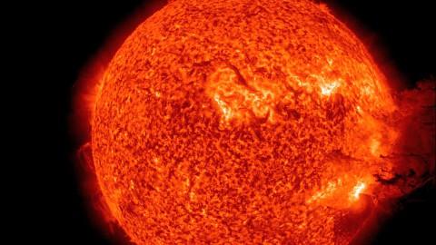 Gasexplosion auf der Sonne