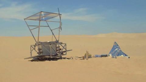 Markus Kayser zeigt sein Solar-Sinter-Projekt