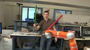 Jedibot - Roboter kämpft mit dem Schwert