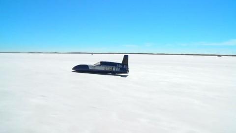 Electric Blue - Elektroauto fährt 280 kmh