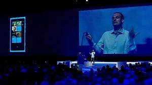 Kartensoftware und Musikdienst - Lumia 800