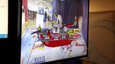 Intel zeigt das Lego-Display mit Augmented Reality