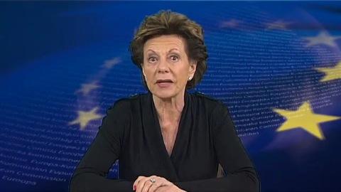 Neelie Kroes über besseren Kinderschutz im Internet
