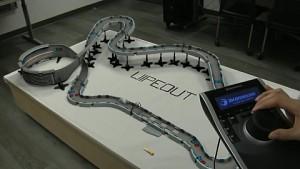 Fake - Wipeout-Rennbahn mit Supraleitern