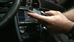 Blackberry zeigt Porsche 911 Convertible mit QNX