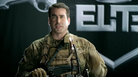 Oberstleutnant Rob Riggle über Call of Duty Elite