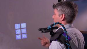 Tragbarer Projektor erzeugt Touchscreens