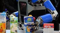 Küchenroboter Armar räumt Küche auf (Cebit)