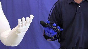 Robo-Glove - die Roboterhand für den Menschen