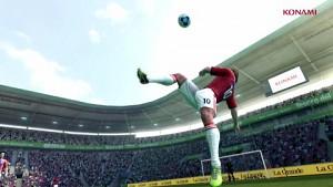 Pro Evolution Soccer 2013 (Gameplay, Interviews)