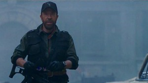 The Expendables 2 - Trailer mit Chuck Norris