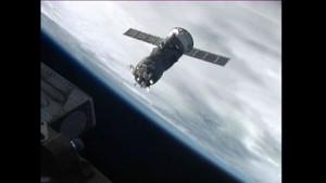 Russisches Versorgungsschiff dockt an ISS an